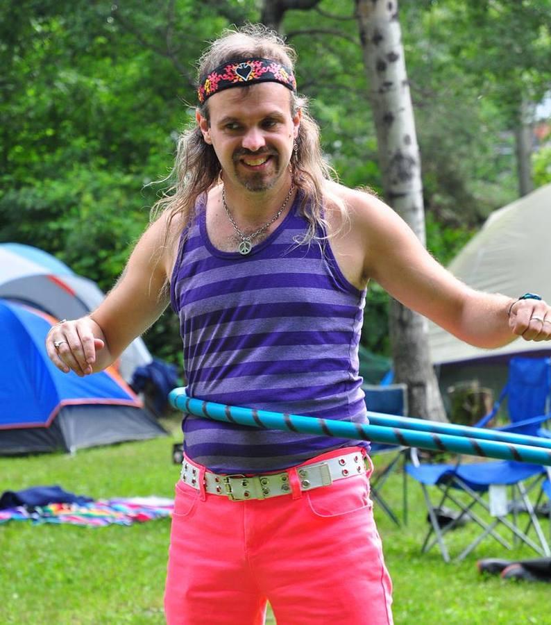 hoop hippie