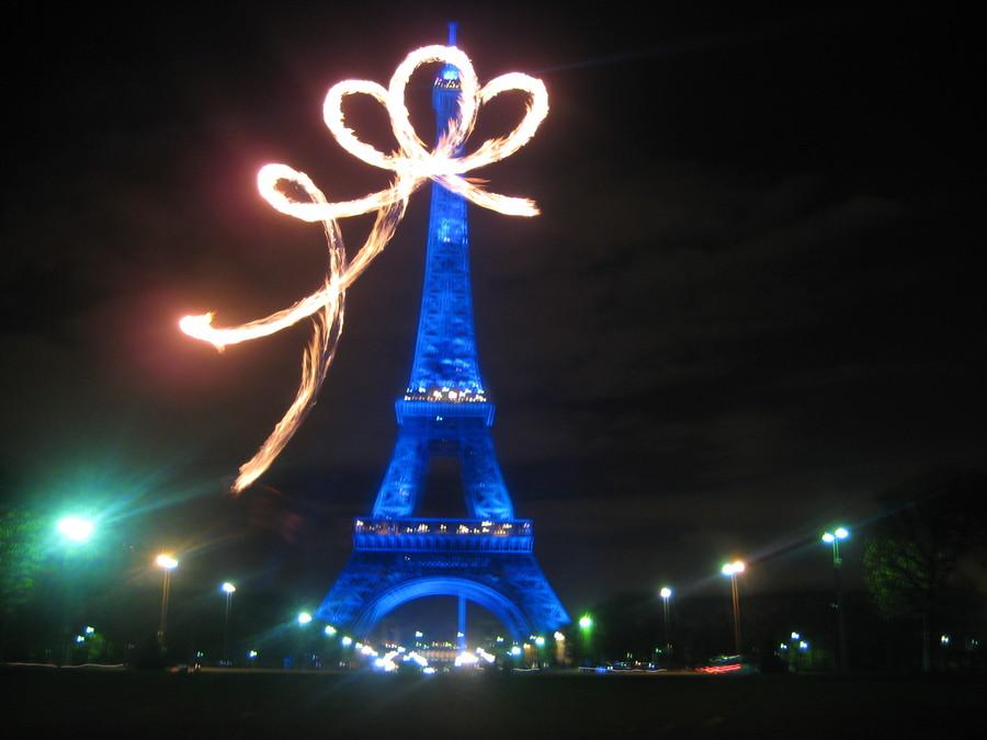 Eiffel Bow Tower