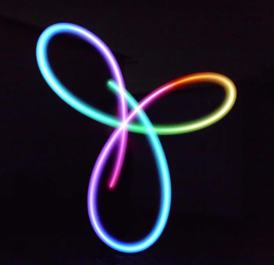 3-Petal Rainbow Flower