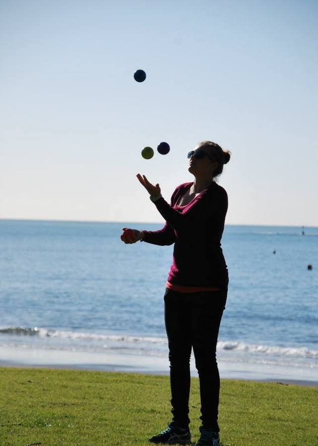 Browns Bay Juggling