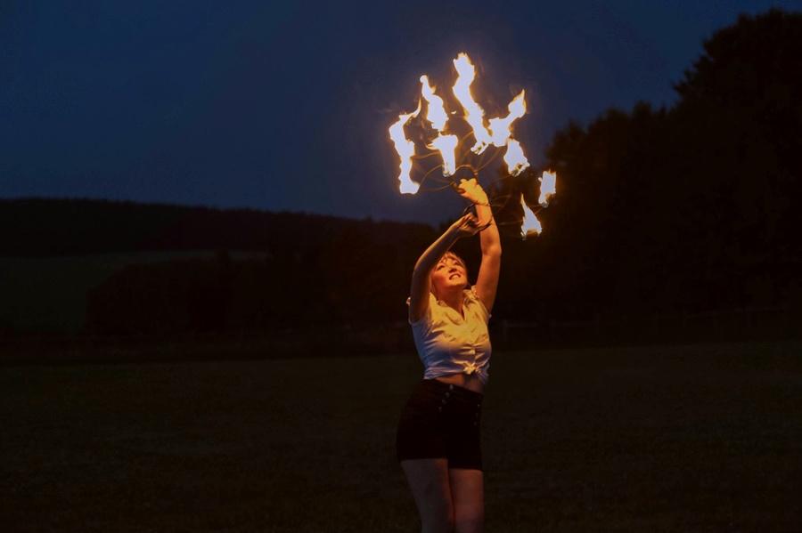 Fire fan fun!