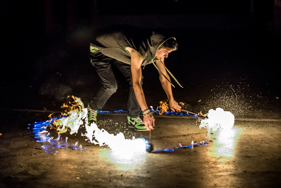 Drag Circle with Medium Cathedral Fire Poi