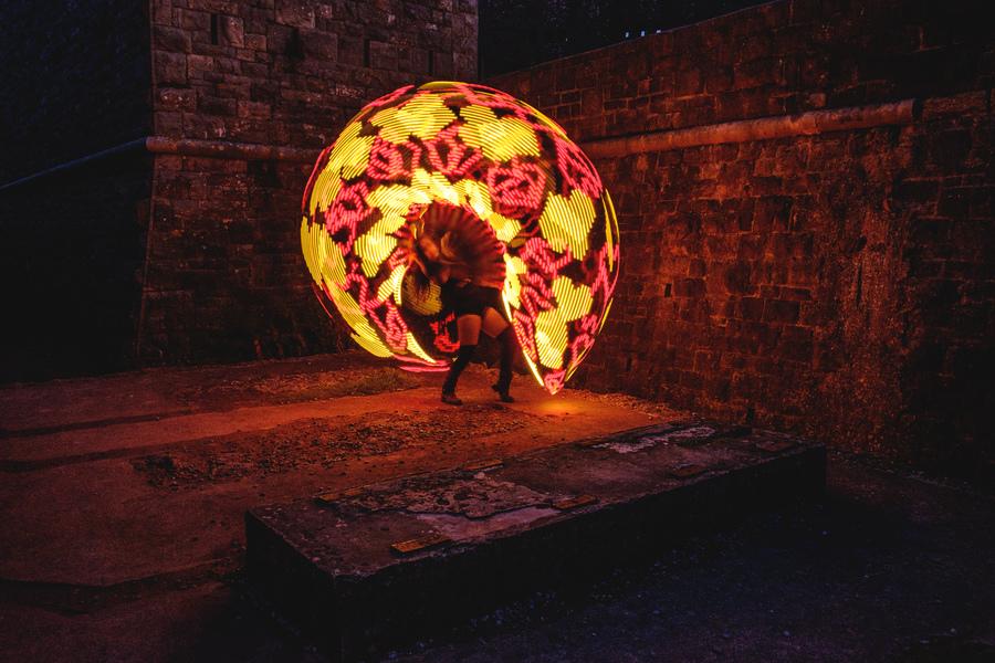 Hoop Love in LED