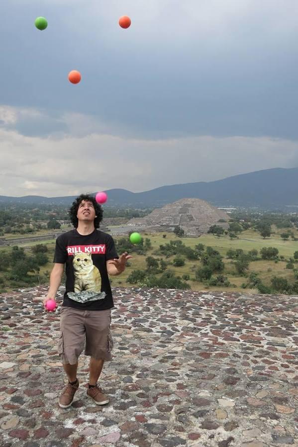 Juggling at Teotihuacan