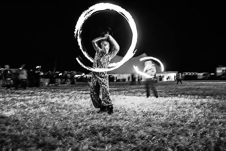 Fire poi spinning