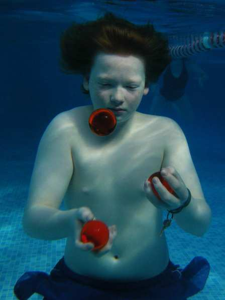 Underwater Juggling